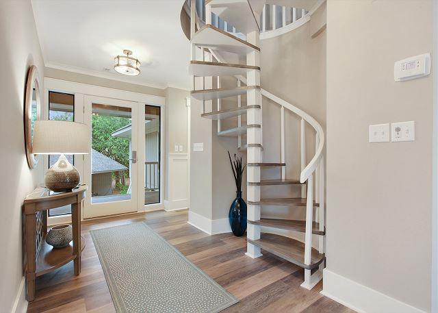 Bunk Bedroom/Loft Access