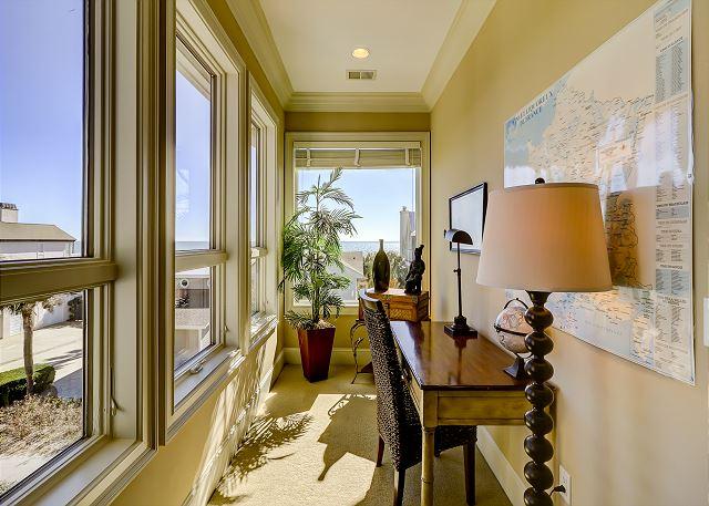 3rd Floor King Suite Office View