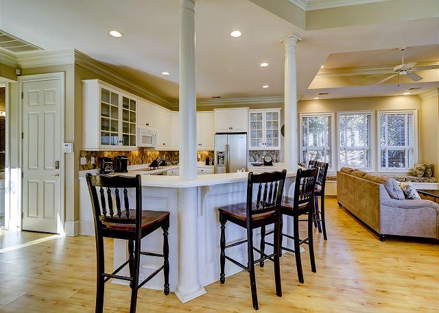 Kitchen Breakfast Bar - Seat 5