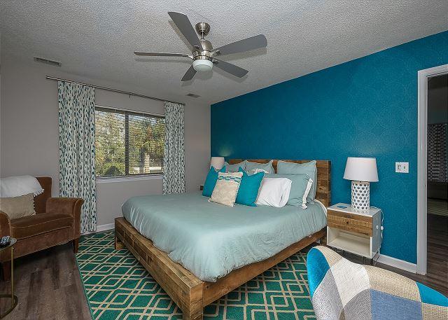 8 Osprey - 1st Floor King Suite - HiltonHeadRentals.com