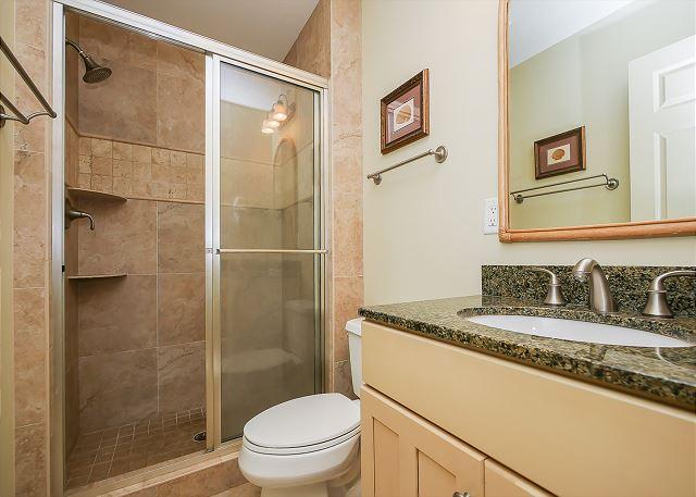 King Full Bathroom