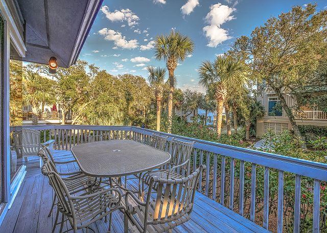 8 Osprey - Sun Porch - HiltonHeadRentals.com