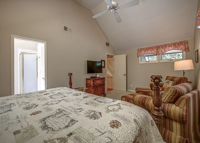 2nd Floor Master Suite