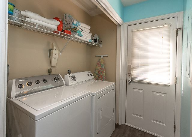 8 Osprey - Laundry Area - HiltonHeadRentals.com