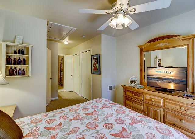 2nd Floor Queen Suite