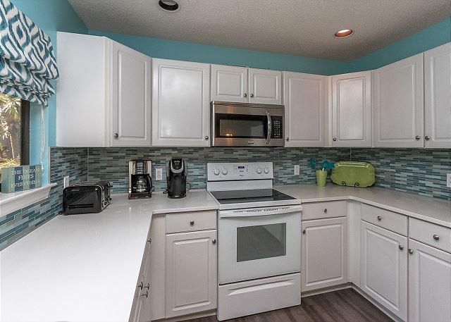 8 Osprey - Kitchen - HiltonHeadRentals.com