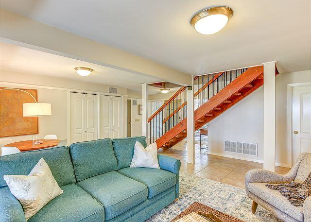 1st Floor Living Area
