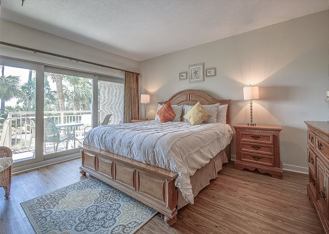Oceanfront King Suite