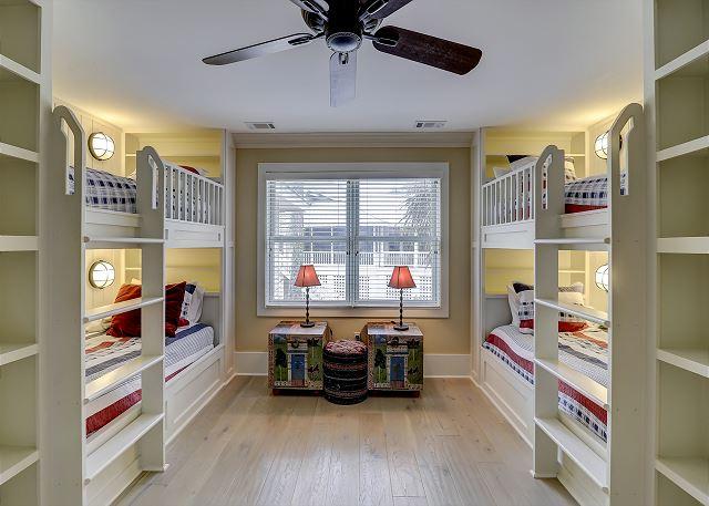 1st Floor Bunk Suite