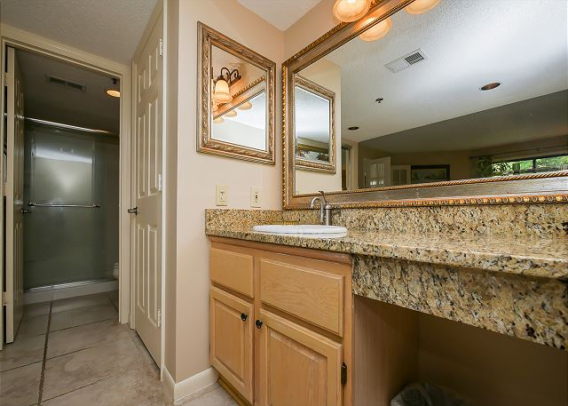 3121 Villamare - King Suite Full Bathroom - HiltonHeadRentals.com