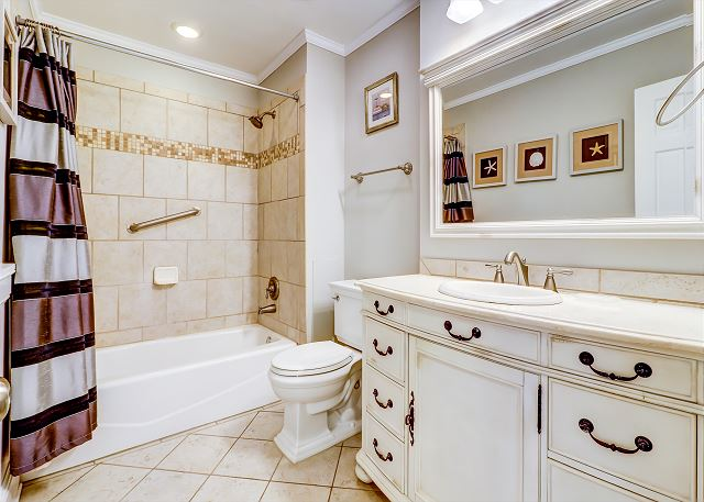 1st Floor Guest Full Bathroom