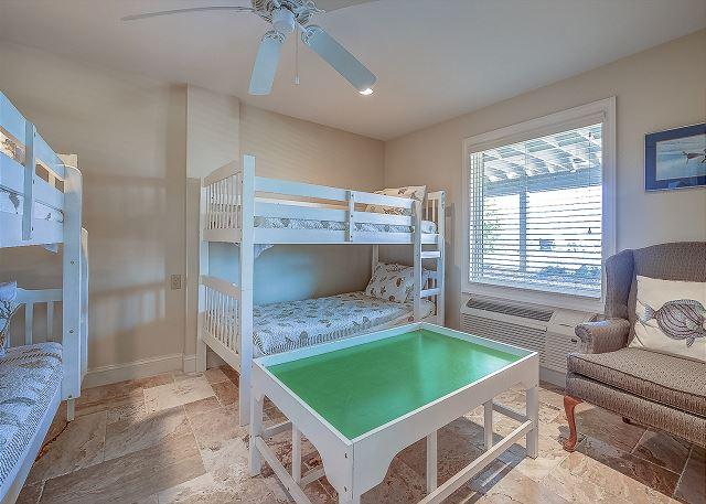 1st Floor Bunk Bedroom - Sleeps 4