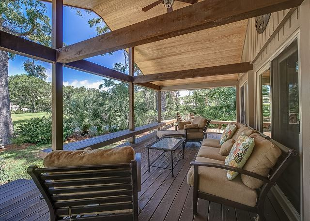 Outside Living and Porch