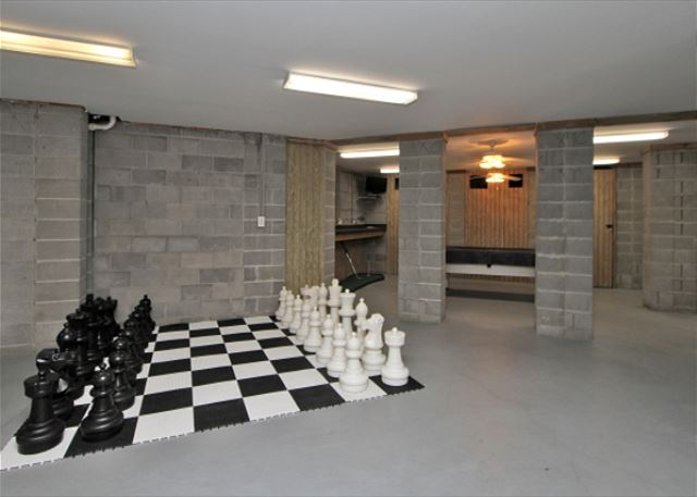 Garage Chess