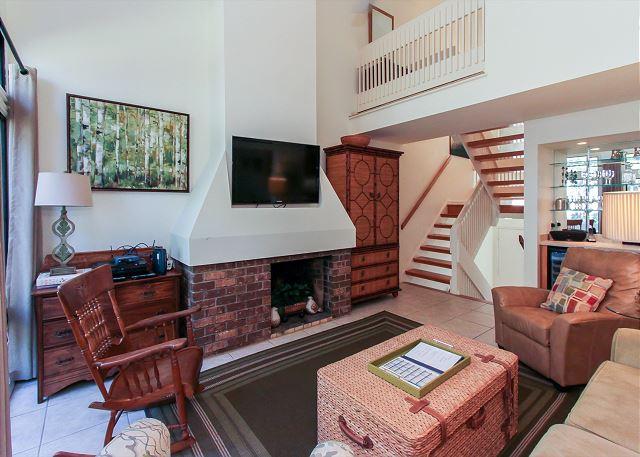 2nds Floor Living Area