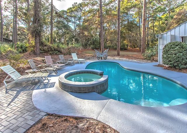 3 Scaup Court - Pool & Spa - HiltonHeadRentals.com