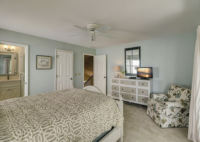 2nd Floor King Suite