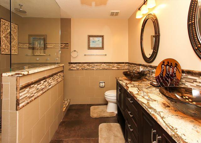 2nd Suite Bathroom