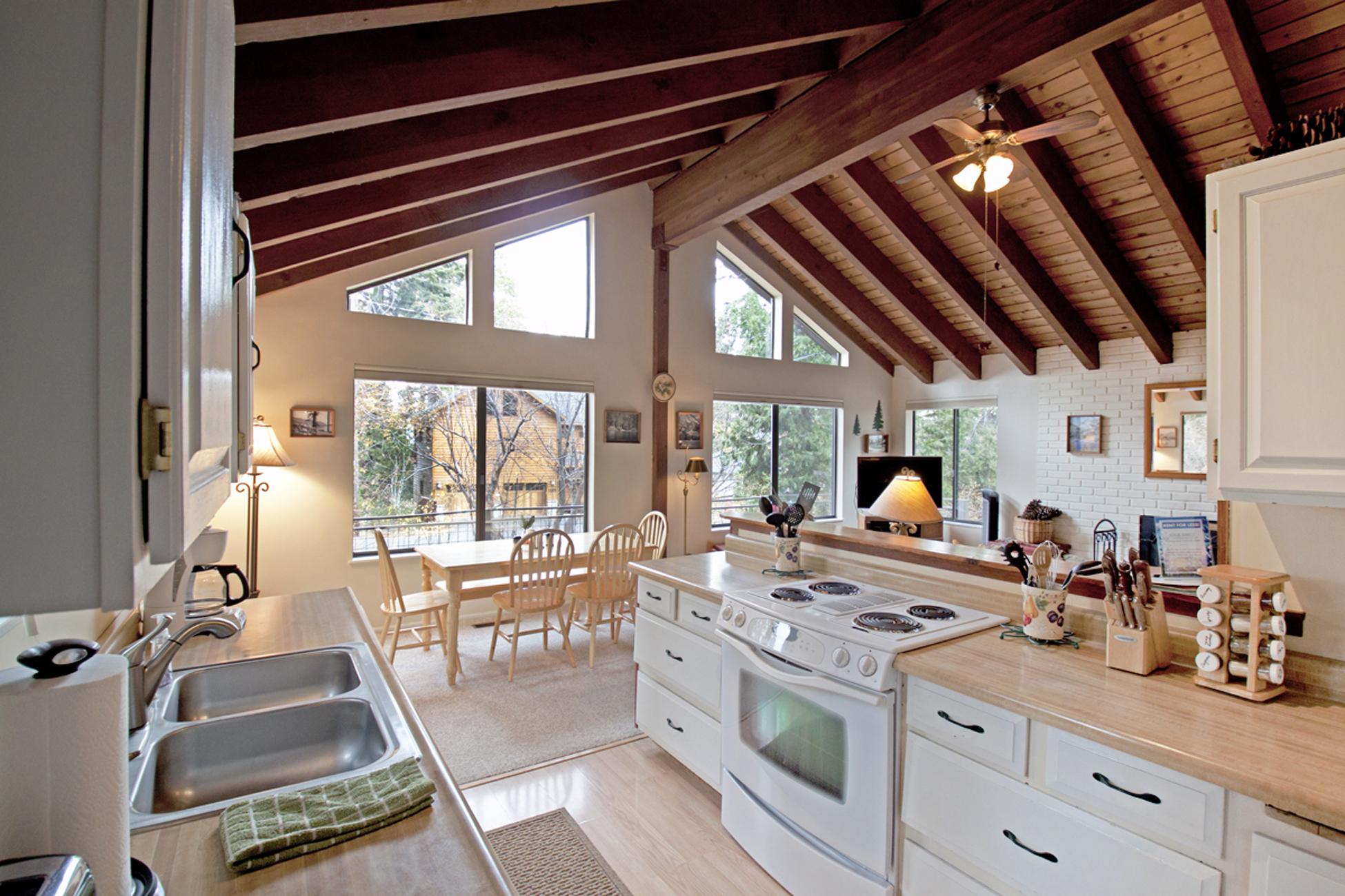 Listing Image 2 for Corbett Cabin