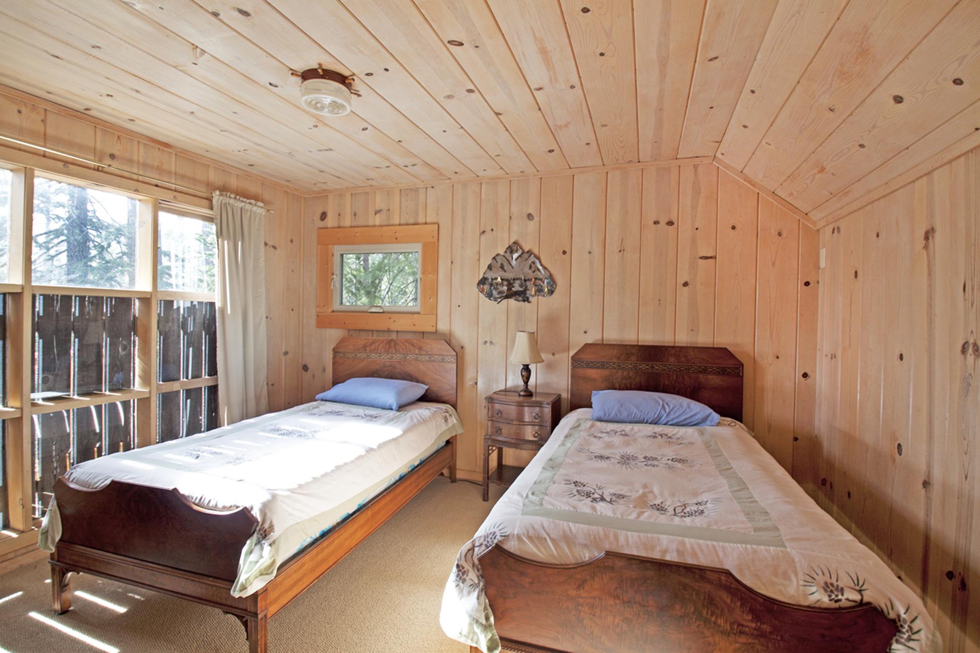 Listing Image 22 for Gelber Cabin