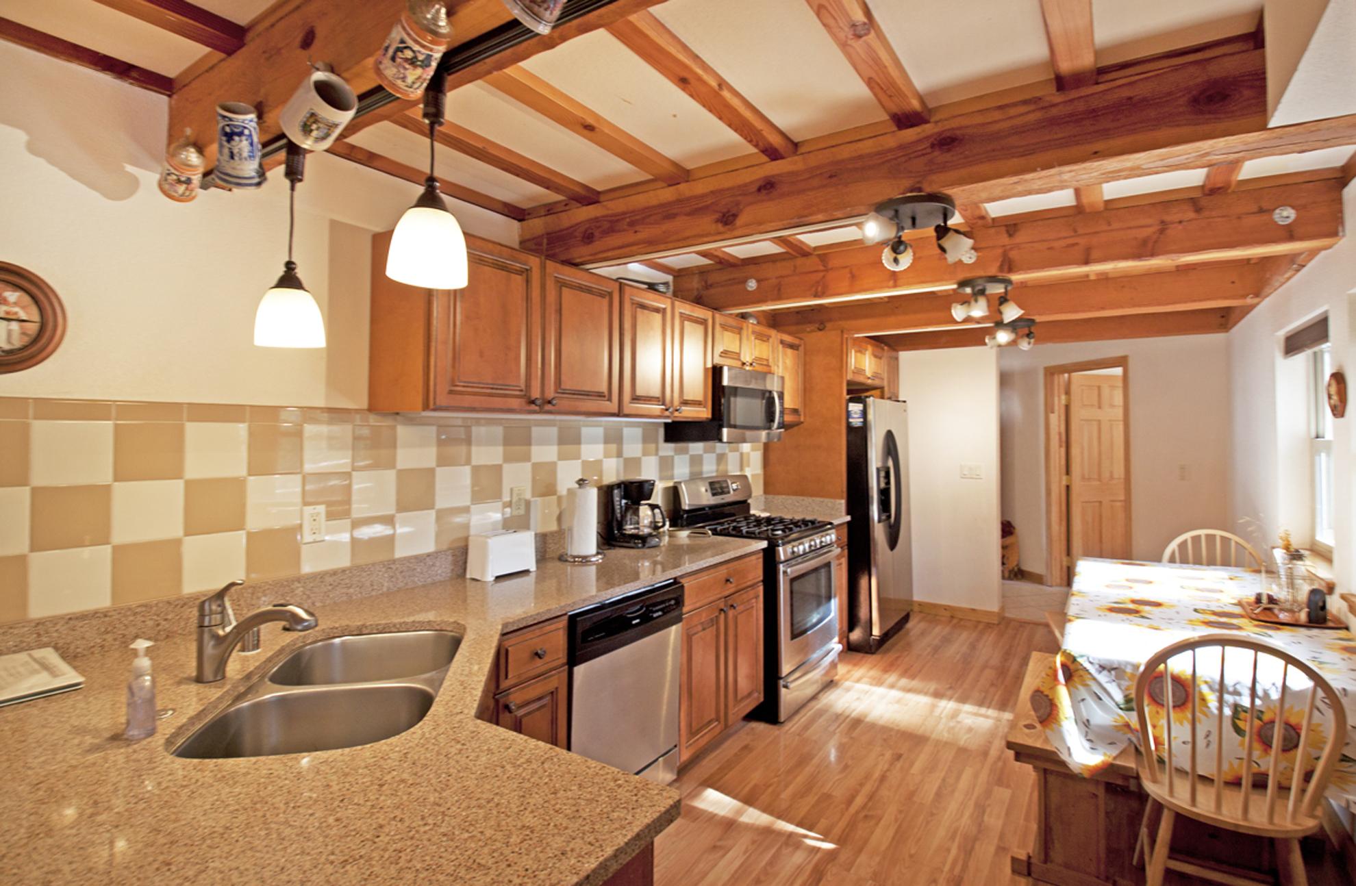 Listing Image 8 for Gelber Cabin