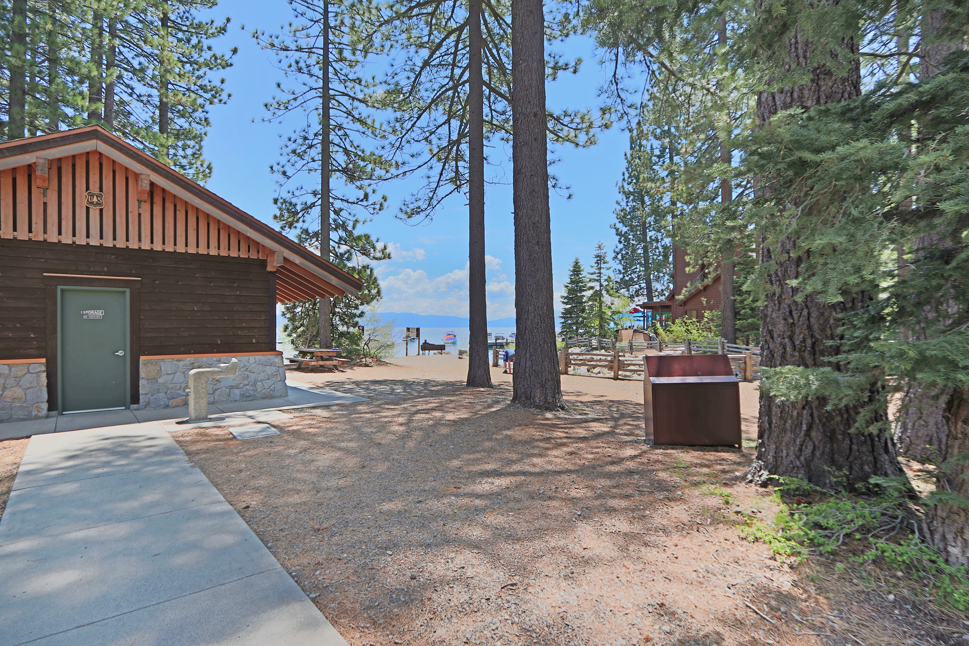 Listing Image 44 for Gelber Cabin