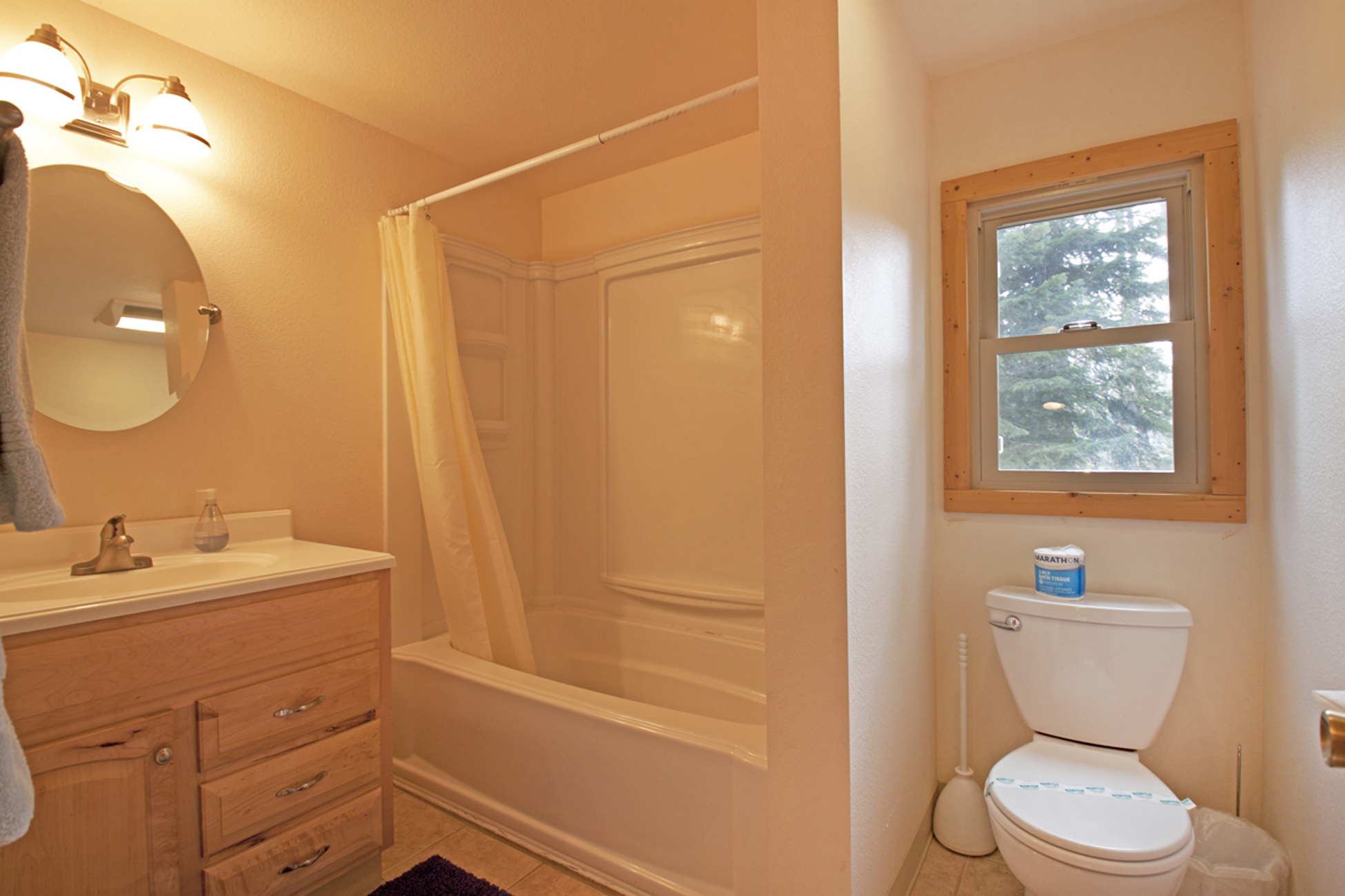 Listing Image 21 for Gelber Cabin