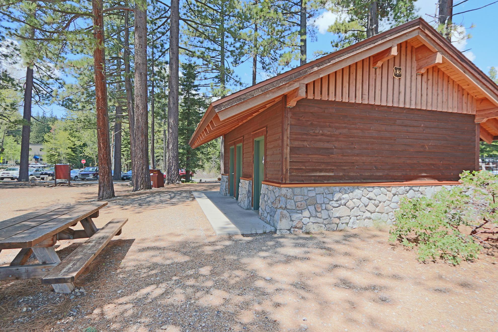 Listing Image 42 for Gelber Cabin