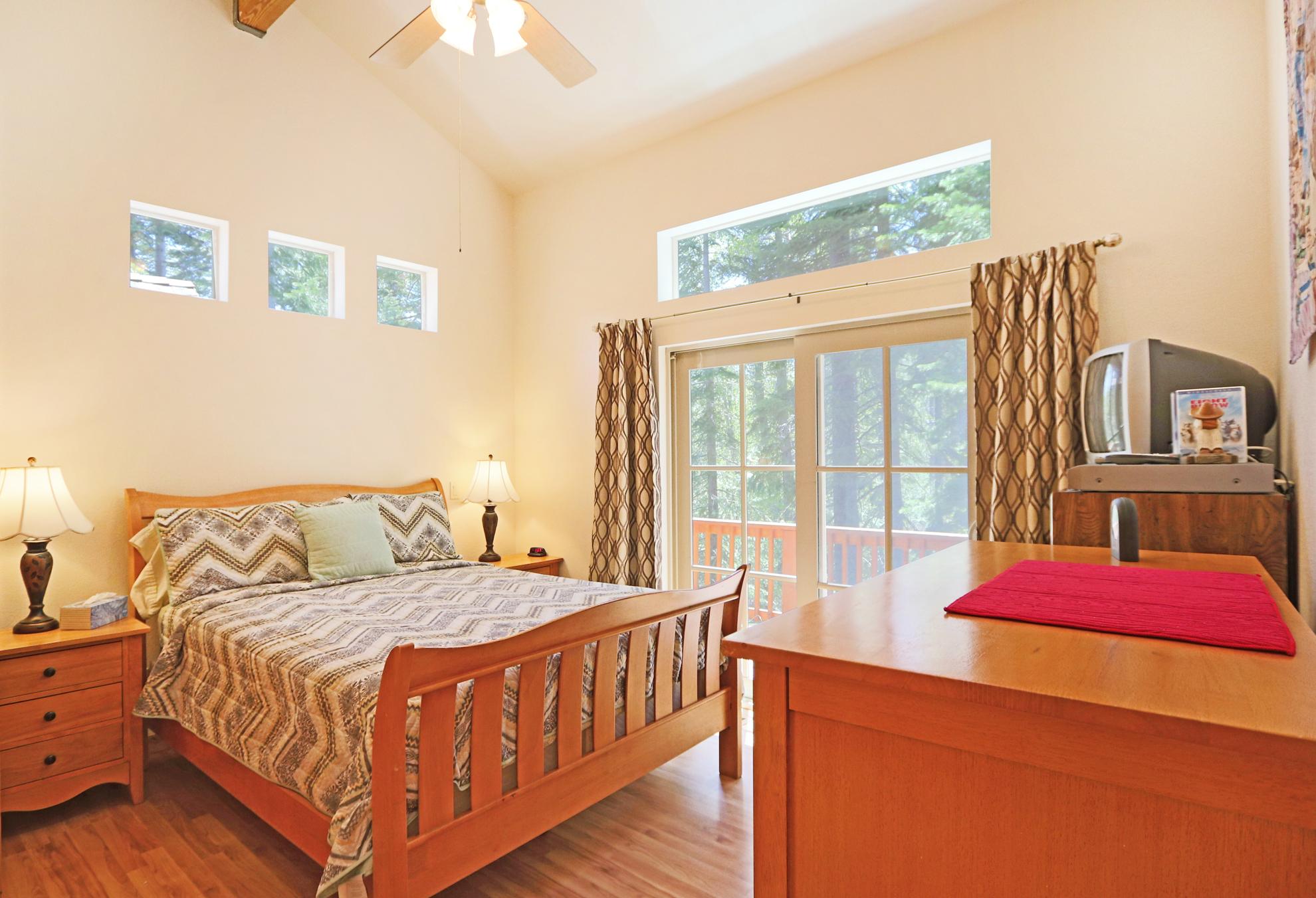 Listing Image 10 for Gelber Cabin