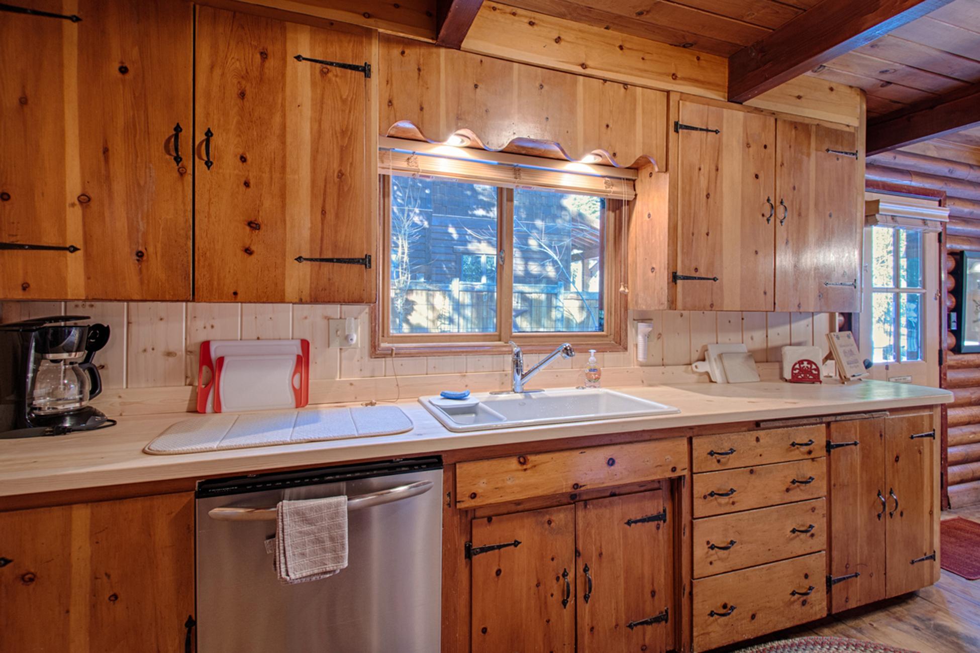 Listing Image 12 for Karley's Lake Lodge