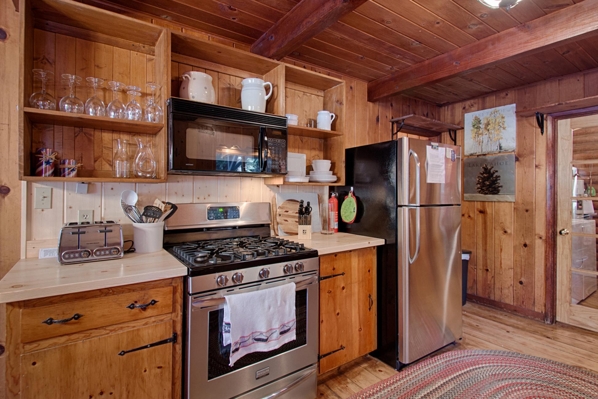 Listing Image 10 for Karley's Lake Lodge