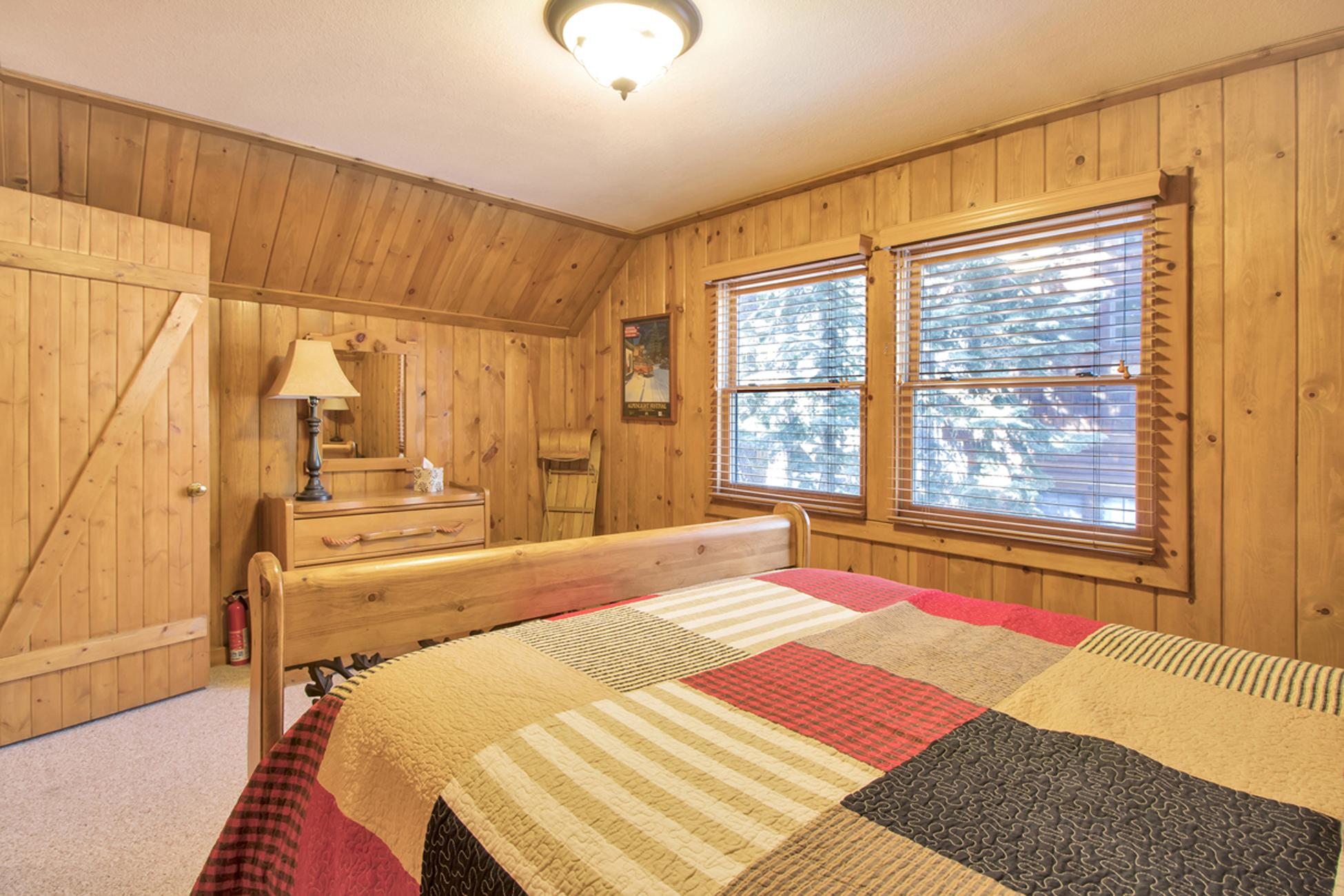 Listing Image 19 for Karley's Lake Lodge