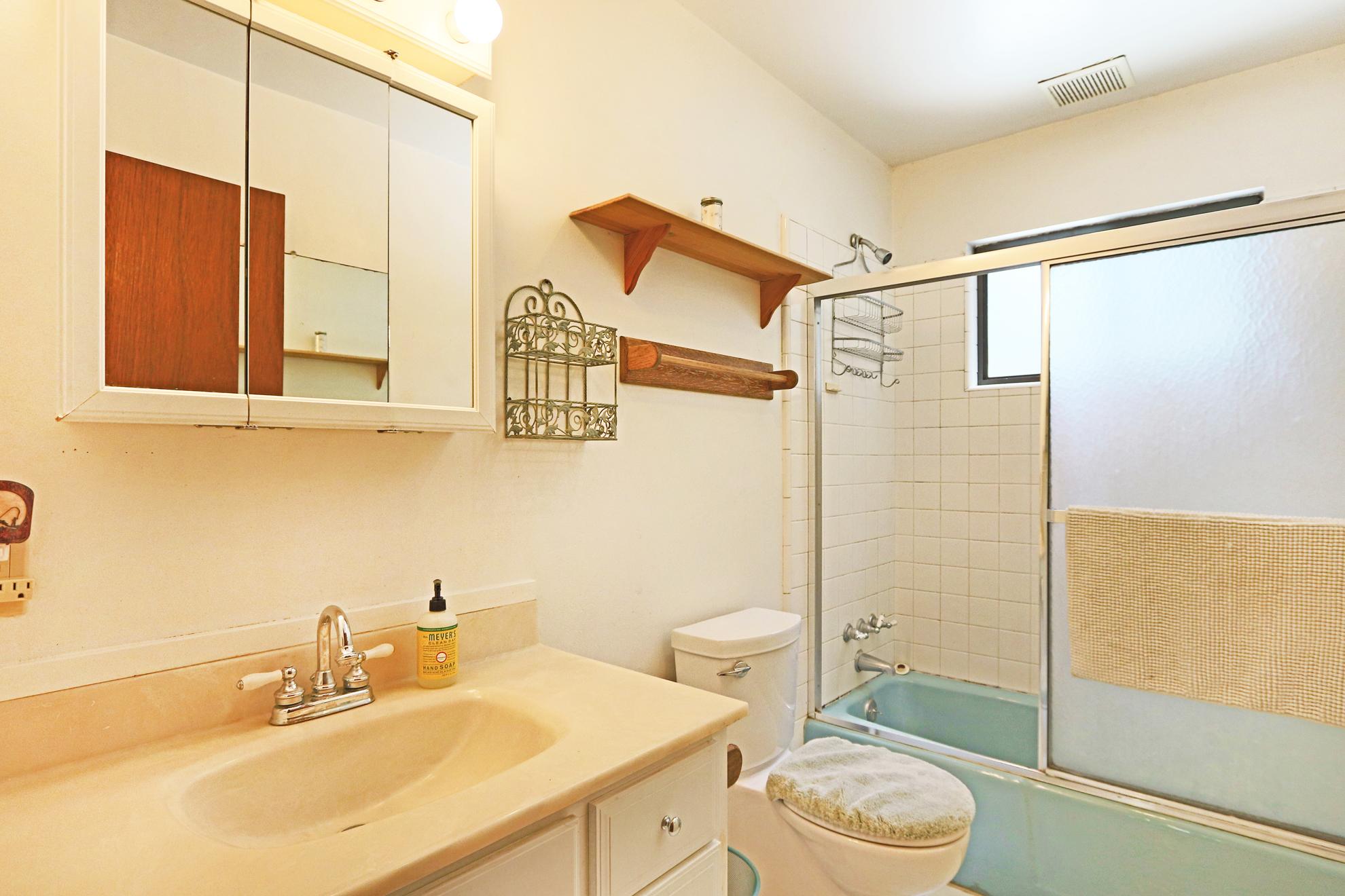 Listing Image 25 for Kerber House