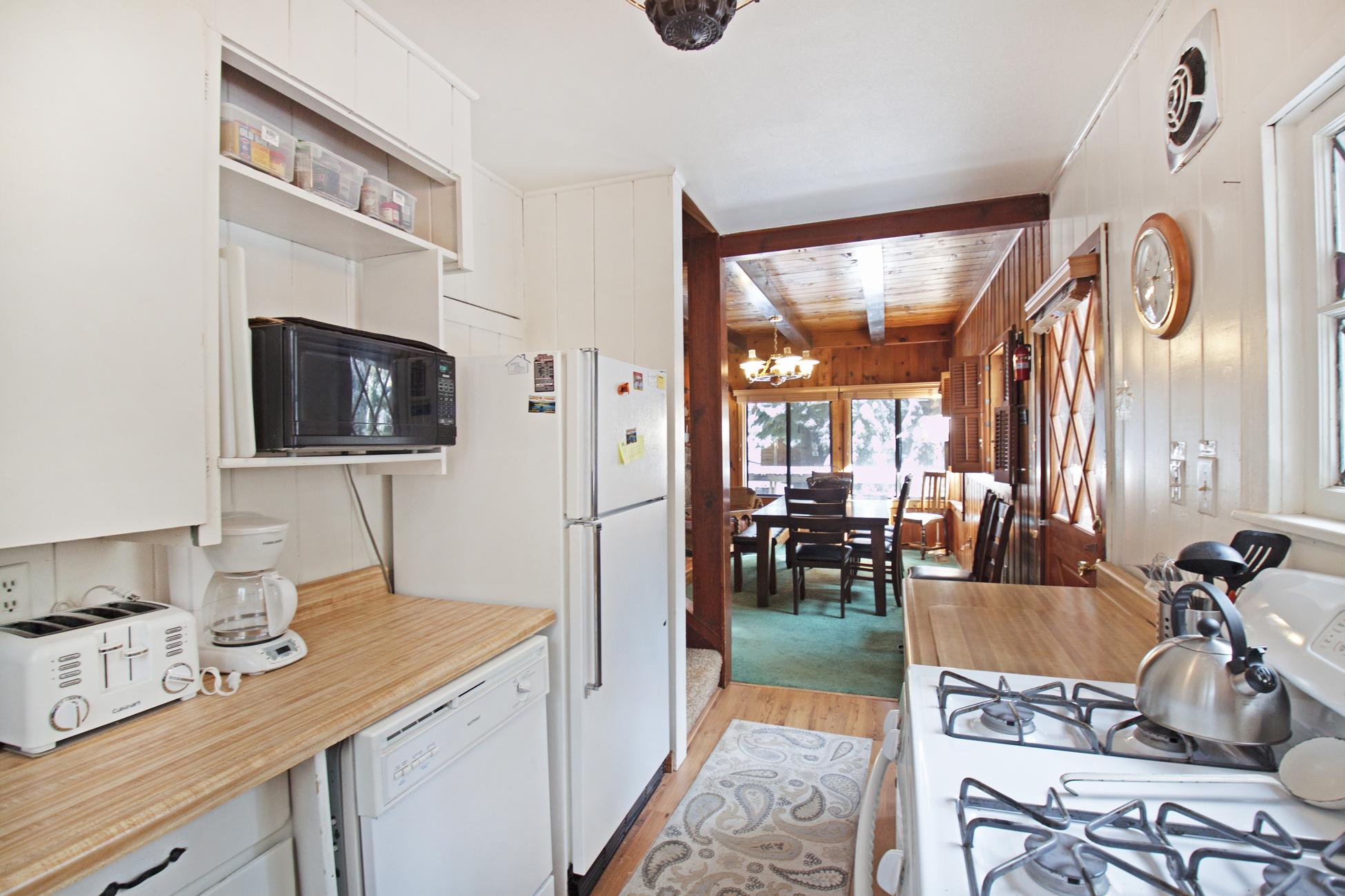 Listing Image 12 for Quandt Cabin