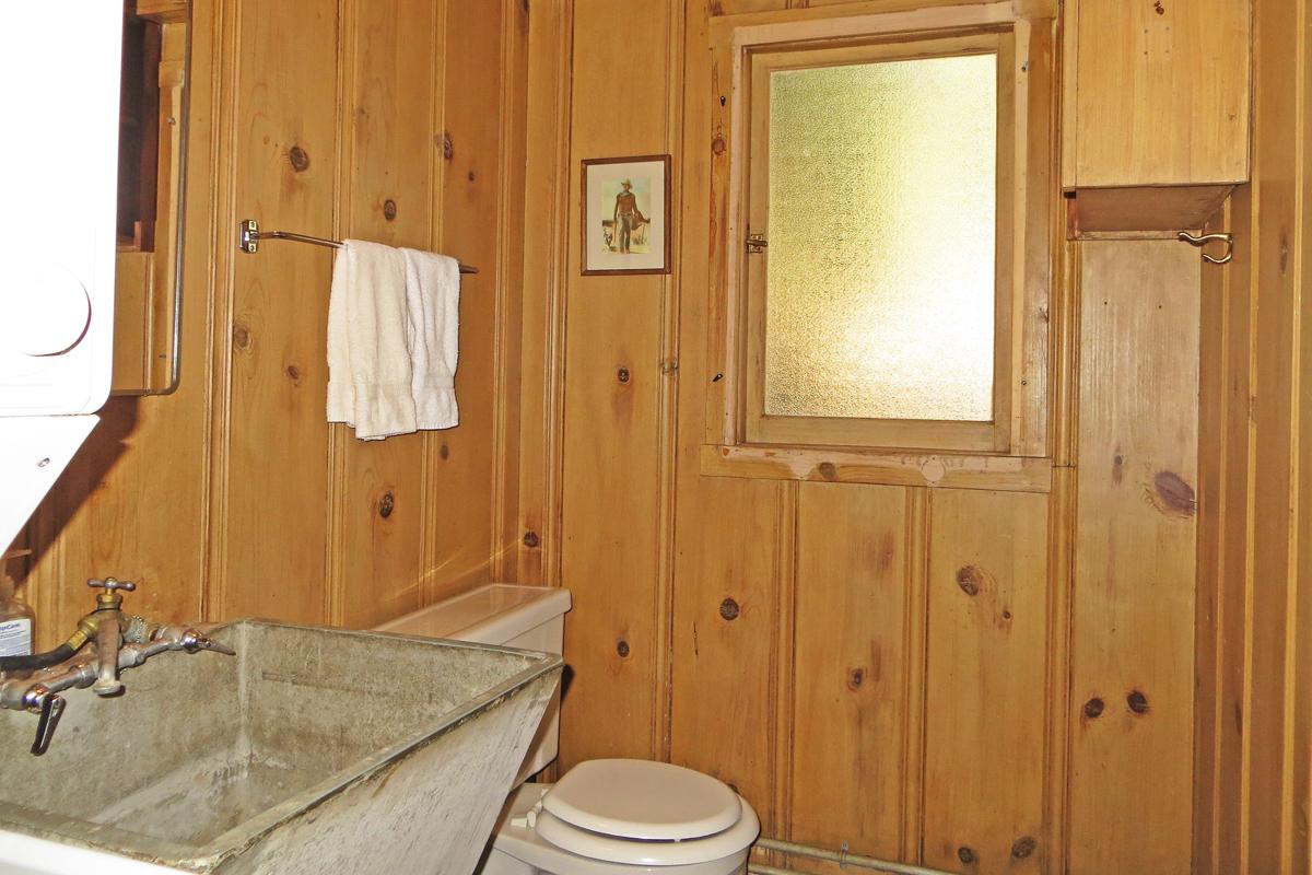 Listing Image 15 for Sandstrom Cabin