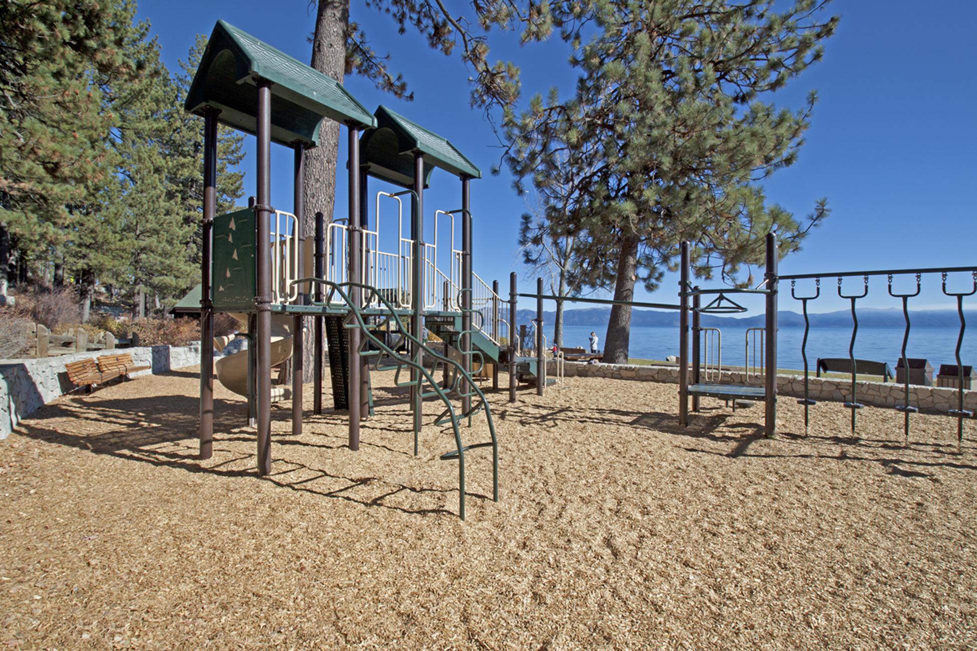 Listing Image 27 for Sandstrom Cabin