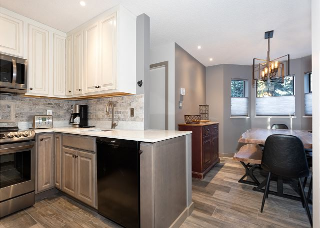 Easy access from the kitchen to the dining area!