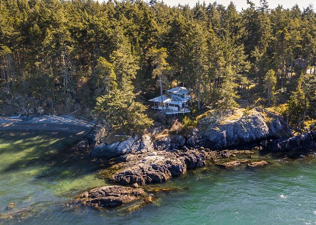 Lopez Island, Cottage at Shark Reef #03-222