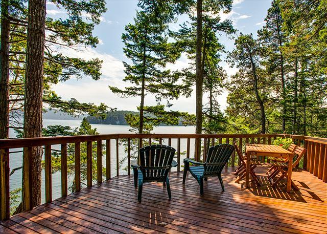 Waterfront Vacation Rental Cabin On Lopez Island Near