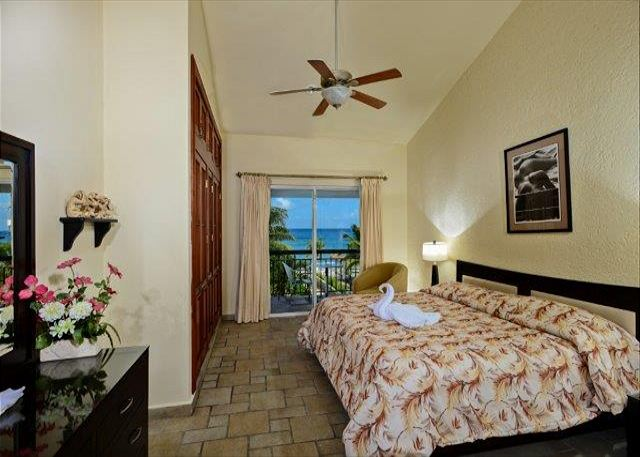 Bedrm 2, King bed, private bath, oceanview, 2nd floor