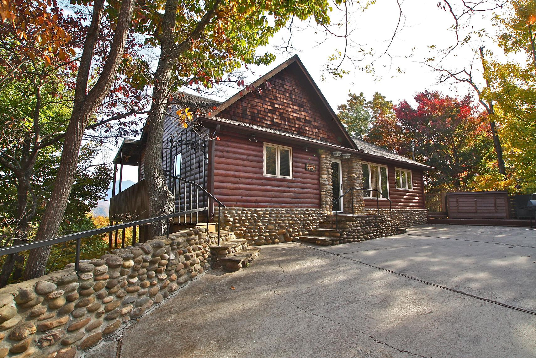 gatlinburg manor 5 bedroom cabin in gatlinburg tn from mountain laurel chalets