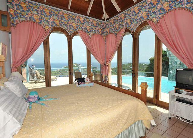 St. John, VI Virgin Islands, U.S. - Sapphire Breeze | VIVA Villas Inc.